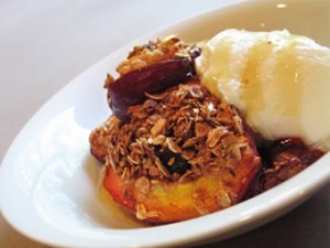 Bliss Granola Peaches